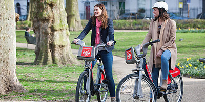 Enjoying a day out in London with Santander Cycles